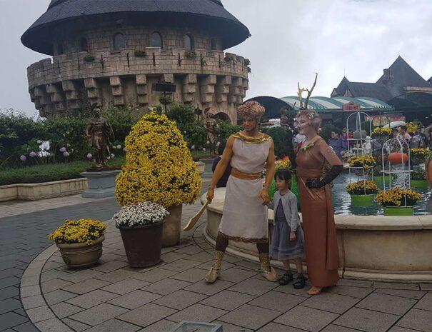 ba-na-hills-golden-bridge-sun-world-kostumer
