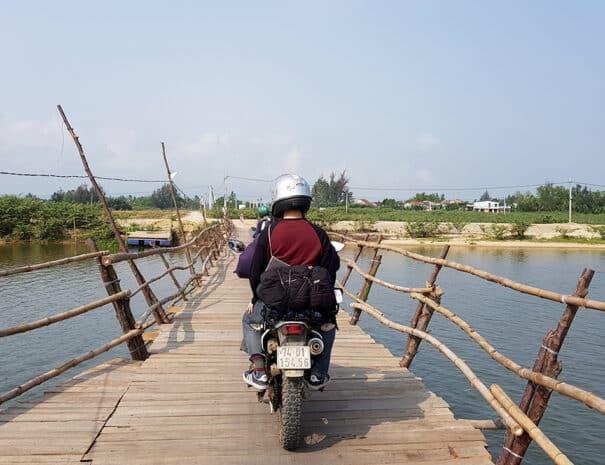 easy-rider-hue-hoi-an-bro-trae