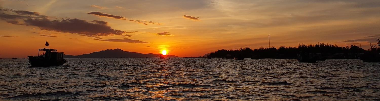 Sunrise tur i Hoi An. Oplev den smukke solopgang over Hoi An fra båd.
