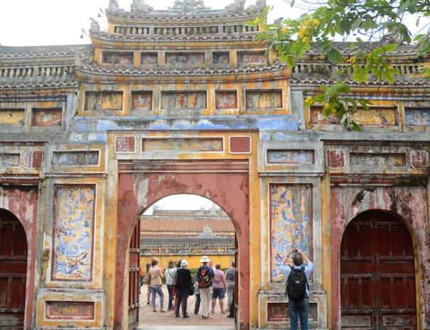 hue-city-tur-tempel-port