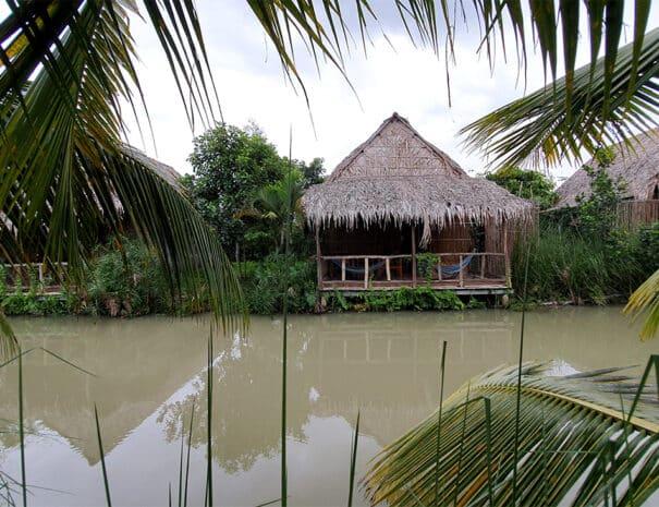 mekong-delta-bungalows-ved-floden