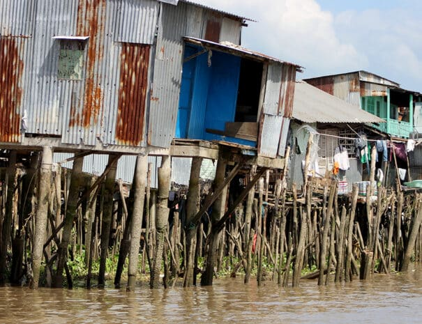 mekong-delta-huse-paa-stolper