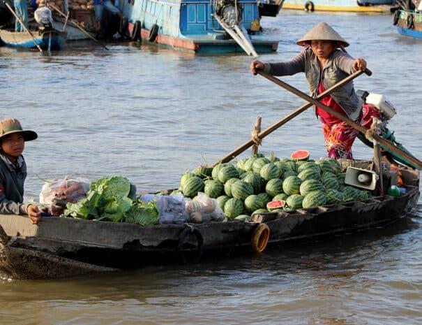 mekong-delta-vandmelon-salg-baad