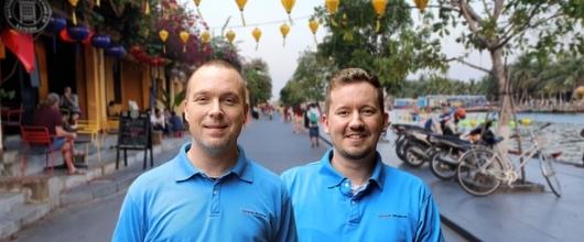 Medarbejderne i Vietnam Rejser sidder klar til at besvare dine spørgsmål, og hjælpe dig til planlægningen af den spændende rejse.